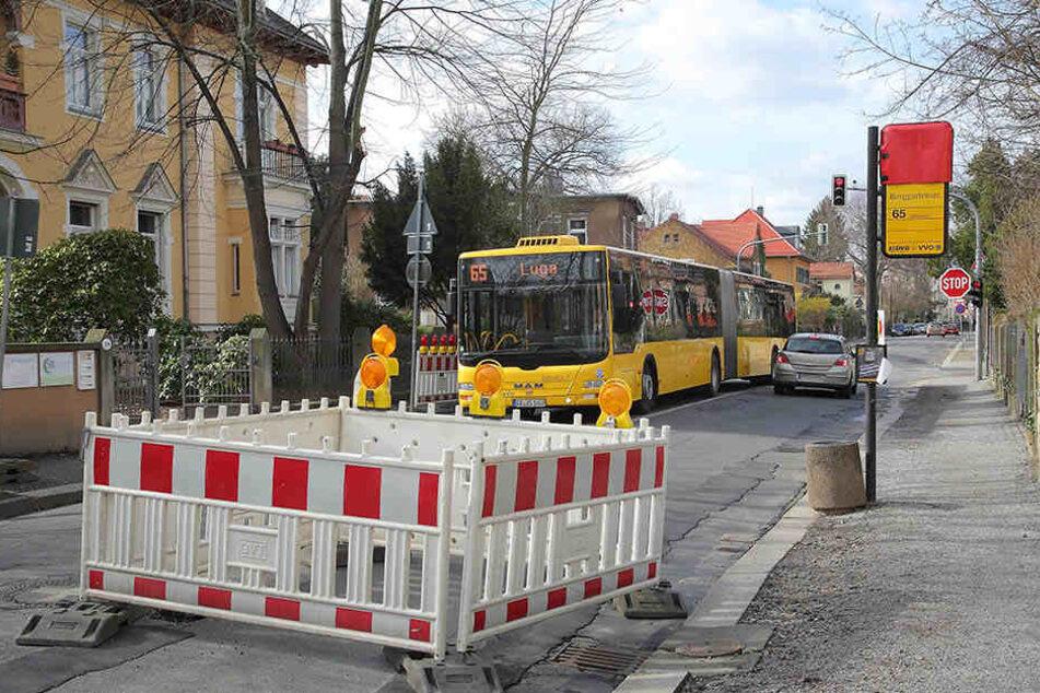 Seit dem frühen Donnerstag kann die Buslinie 65 nicht mehr über die Berggartenstraße in  Blasewitz fahren.