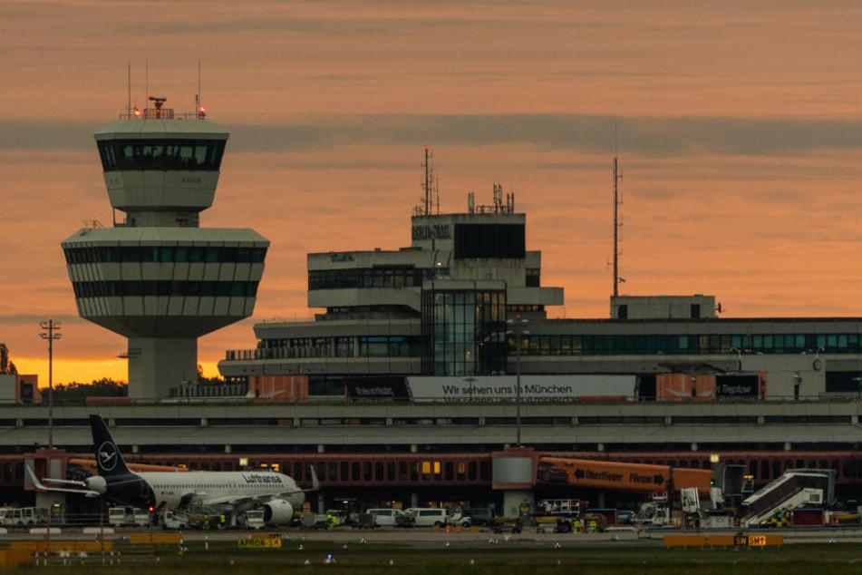 Am Berliner Flughafen Tegel kam es am Mittwoch zu einem Brand. (Symbolbild)