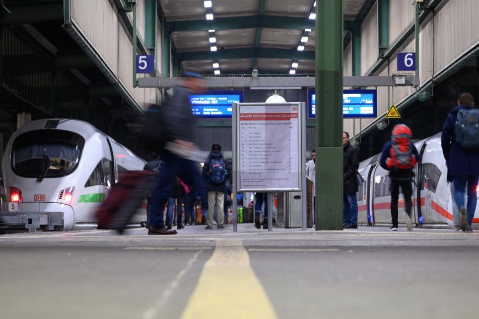 """Bahnen fahren nach dem """"Corona-Fahrplan"""" wieder normal"""