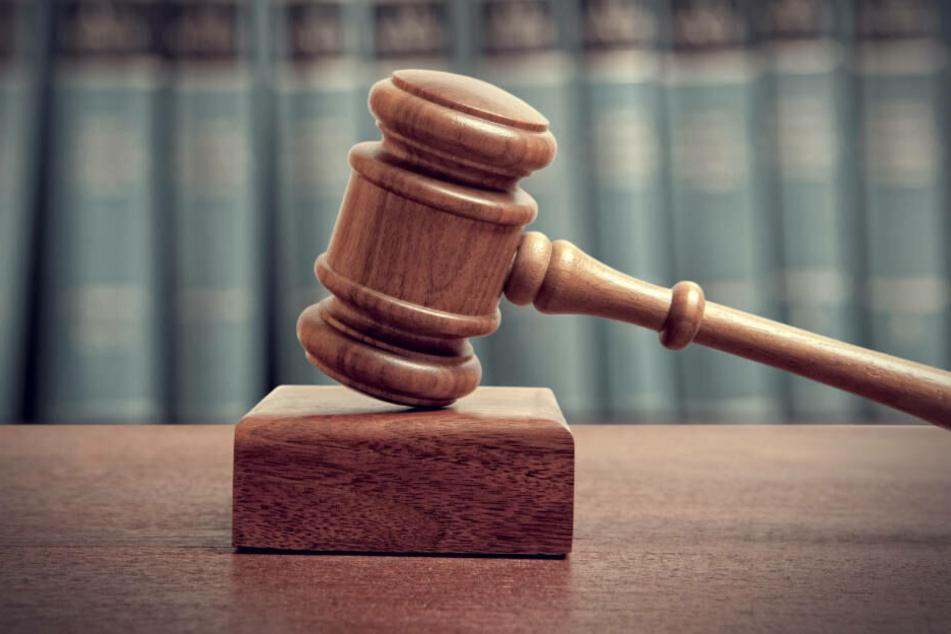 Das Gericht wertete den Vorfall nicht als versuchten Totschlag sondern als gefährliche Körperverletzung.