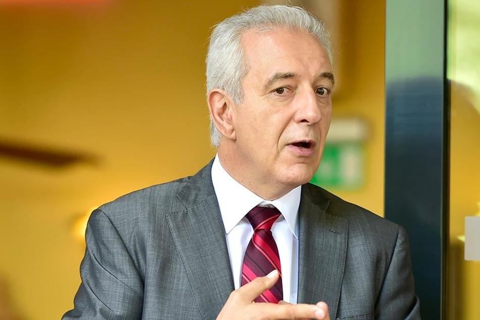 Ministerpräsident Stanislaw Tillich (58, CDU) kam zur Wahlkampfunterstützung nach Chemnitz.