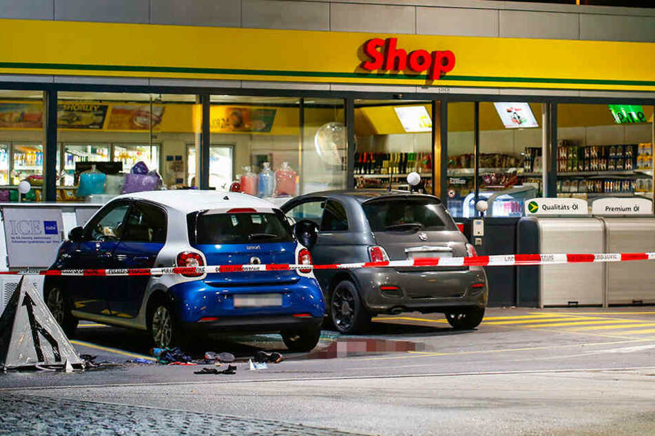 Die Polizei musste den Mann an einer Tankstelle niederschießen, um ihn zu stoppen.