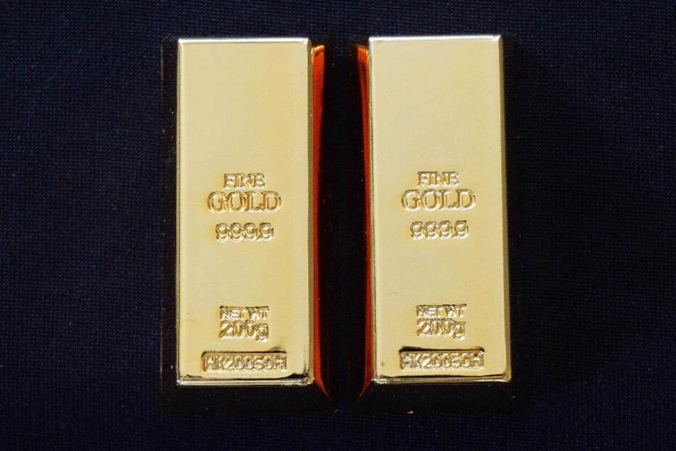Gold, vor allem in Barren oder Münzen, ist ein äußerst beliebte Geldanlage in Deutschland.