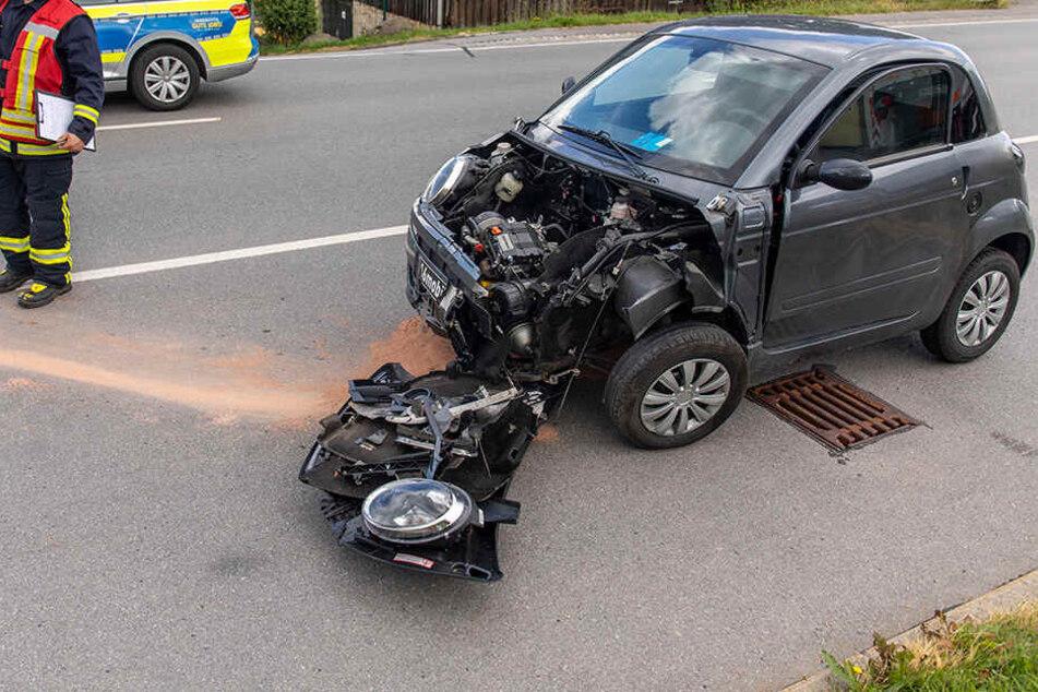 Eine Insassin des Ligier wurde verletzt.