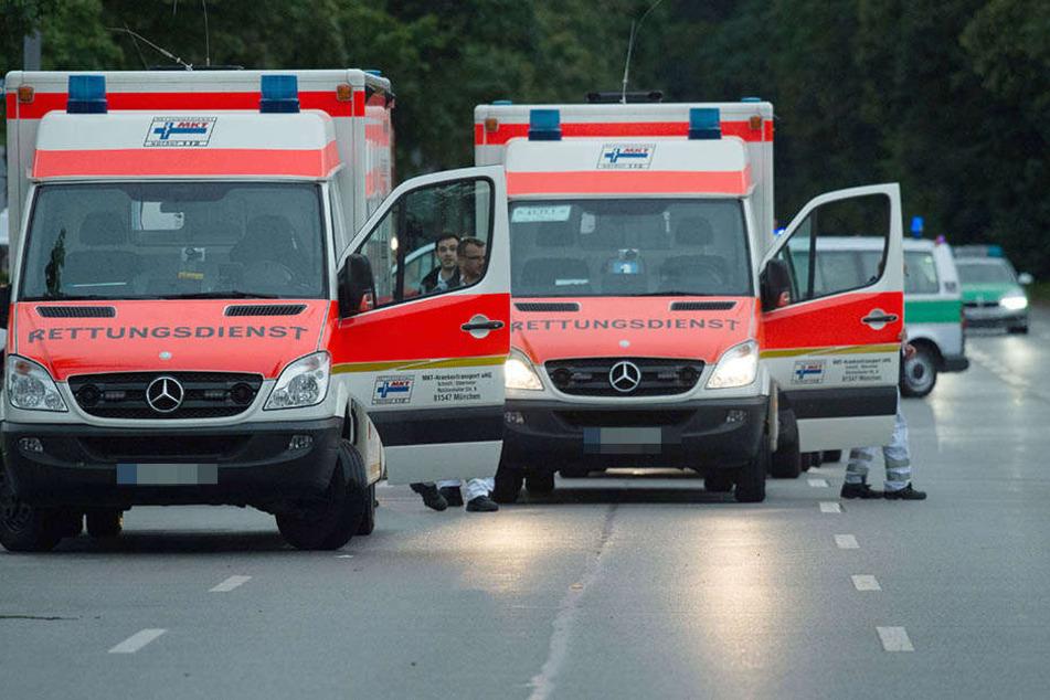 Die Rettungskräfte konnten nur noch die Leiche der Frau bergen. (Symbolbild)