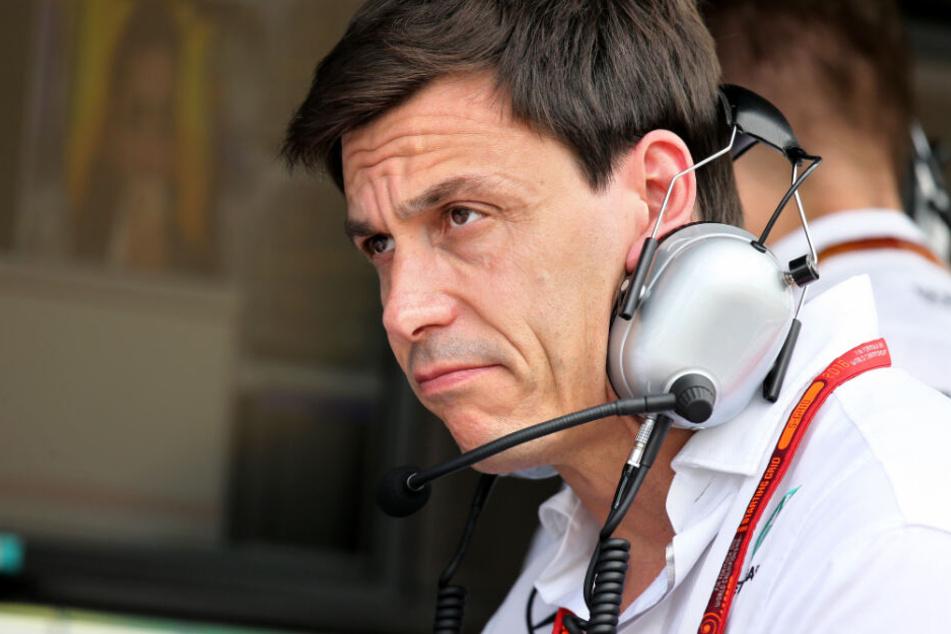 Mercedes-Teamchef Toto Wolff mahnt, dass jede Saison neue harte Arbeit bedeutet. (Archivbild)