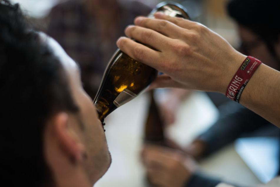 Menschen, die vorher Alkohol tranken, sprachen danach besser eine Fremdsprache. (Symbolfoto)