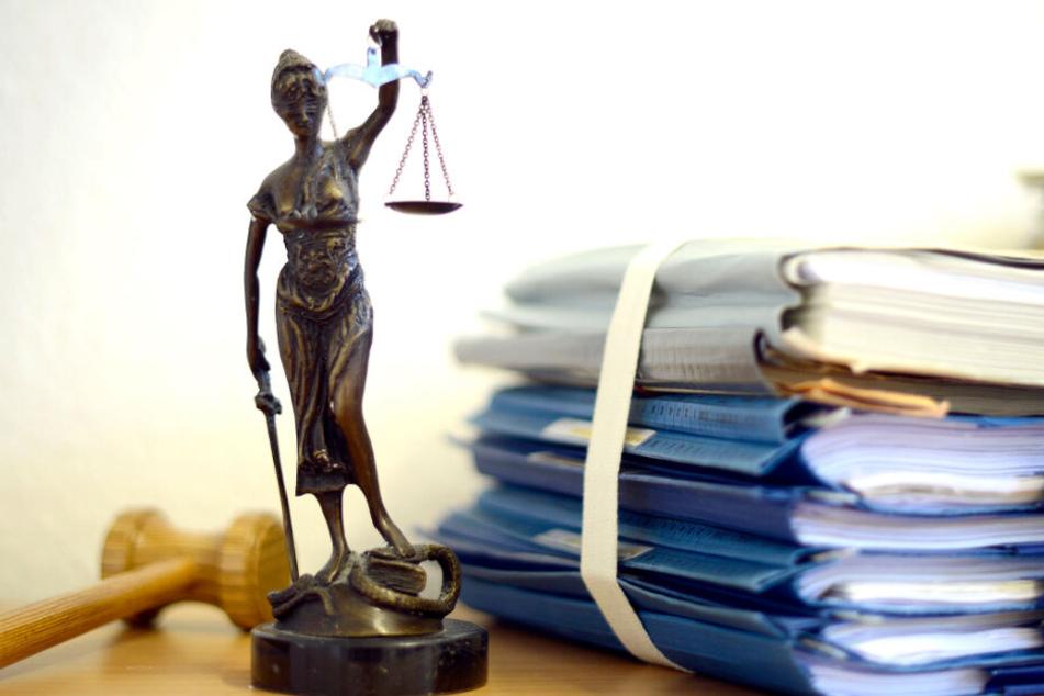Der Blogger wurde zu einer Geldstrafe von 12.000 Euro verurteilt, akzeptiert diese jedoch nicht. (Symbolbild)