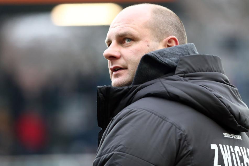 FSV-Sportdirektor David Wagner erwartet von seinen Profis nicht weniger als die Titelverteidigung.
