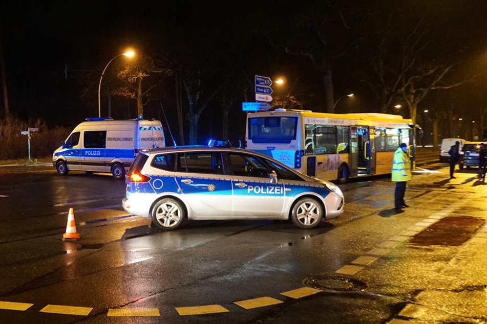 Die Polizei musste die Unfallstelle absperren.