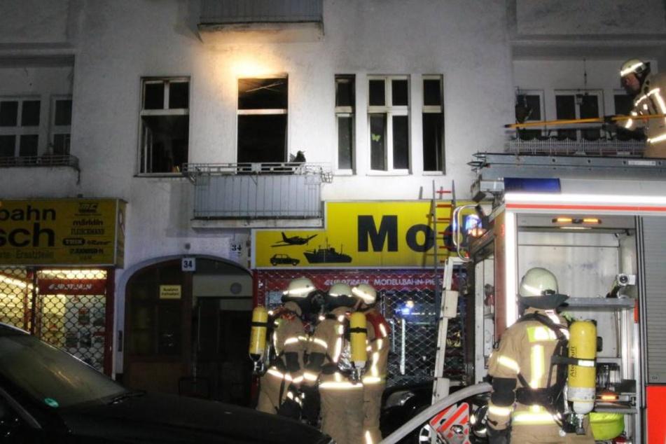 Eine Wohnung in Berlin-Tempelhof stand am Mittwochmorgen in Flammen.