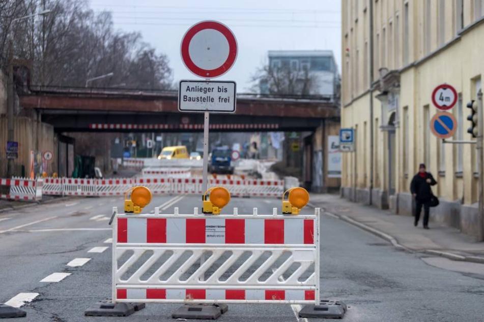 Jüngster Rohrbruch: Am 26. Dezember brachen die Rohre unter der Reichenbacher Straße. Ursache: Materialermüdung und erhöhte Belastung durch steigendes Verkehrsaufkommen.