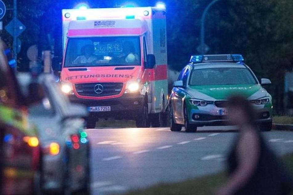 76-jährige Frau kracht mit Auto in Esszimmer