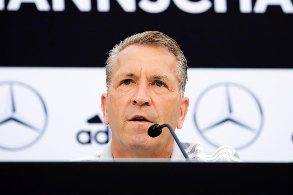 DFB-Torwarttrainer zeigte sich fassungslos über die mitunter harsche Kritik an Liverpool-Keeper Loris Karius.