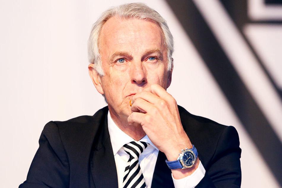 Mönchengladbachs Vizepräsident Rainer Bonhof war nach dem Spiel stinksauer.
