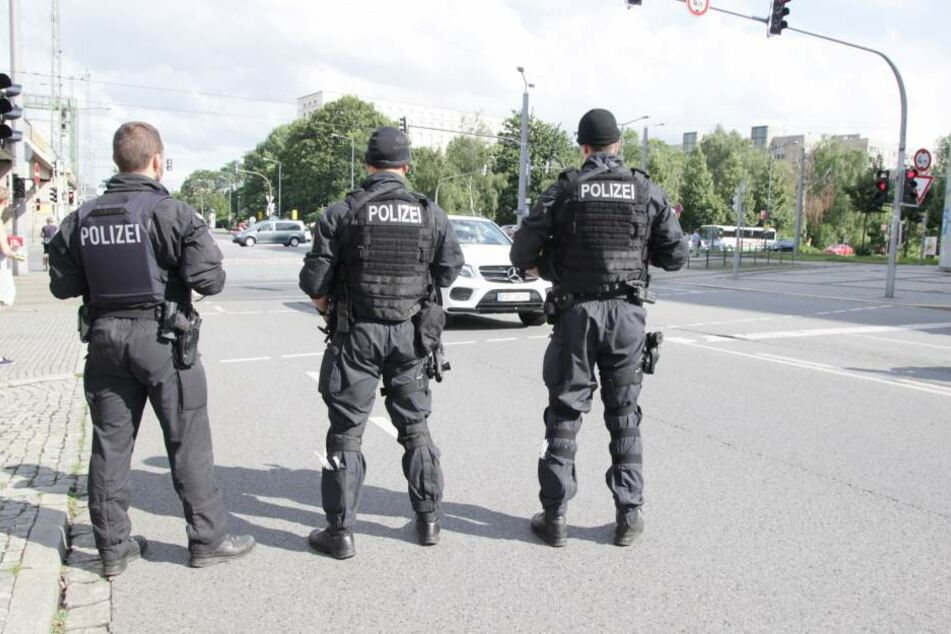 Am Wochenende überwachten Polizisten den Dresdner Hauptbahnhof.