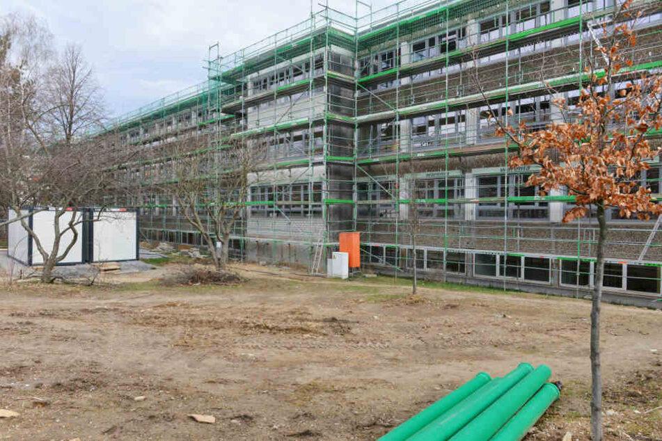 """Das absolute Chaos"": Unterrichtsstart an Gorbitzer Schule fällt nach Ferien ins Wasser"