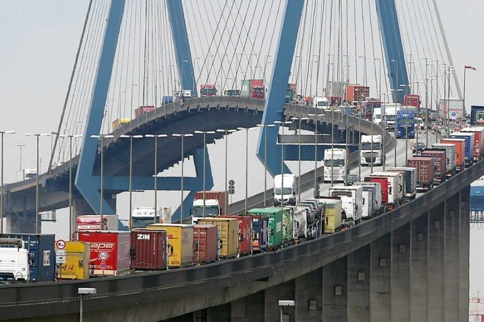 Achtung! Köhlbrandbrücke am Wochenende voll gesperrt