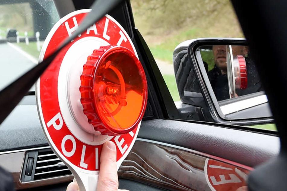 Die Bundespolizei forderte den Fahrer des Transporters zum Halten auf.