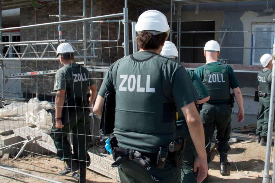 Die Zollermittler hatten zwei Geschäftsführer von Baufirmen genauer unter die Lupe genommen. (Symbolbild)