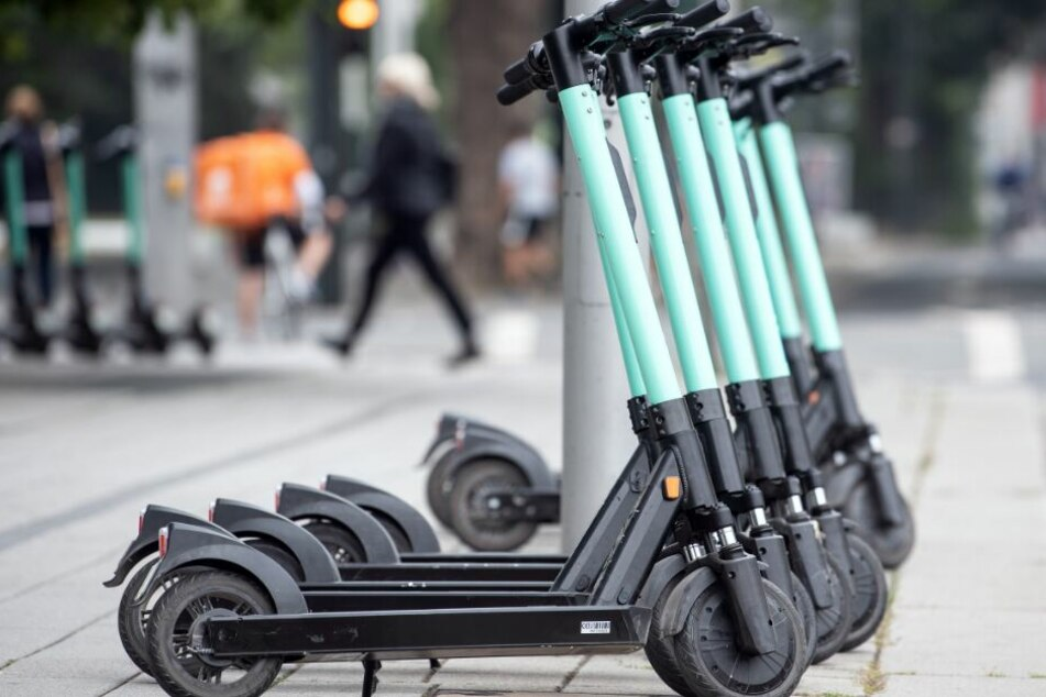 Die neuen E-Scooter sind bei vielen ein beliebtes Fortbewegungsmittel.