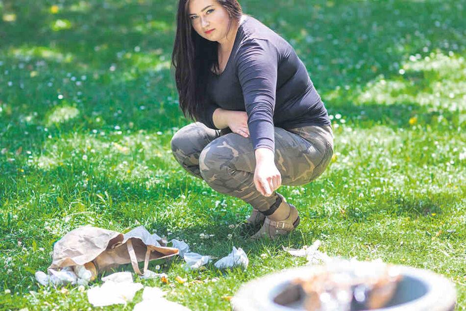 Caroline Elstein (18) und andere Chemnitzer wollen am Schlossteich aufräumen und suchen noch Unterstützer.