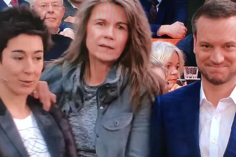 """Berlin: """"Lügenpresse"""": Zuschauerin attackiert Dunja Hayali im Live-TV!"""