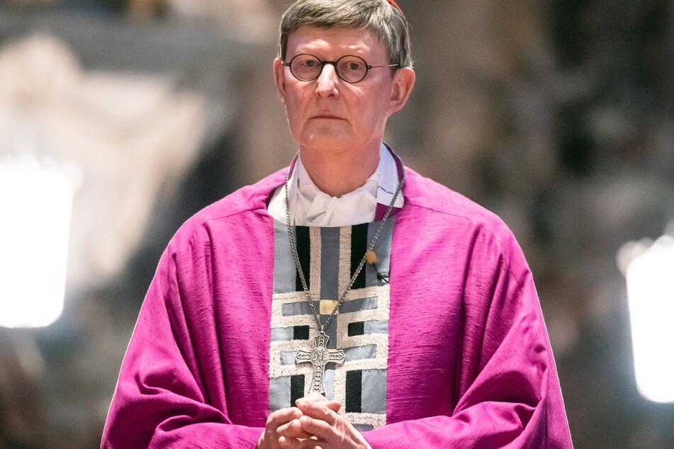 Der Kölner Kardinal Rainer Maria Woelki (64) steht wegen eines Missbrauchsgutachtens weiter unter Beschuss.