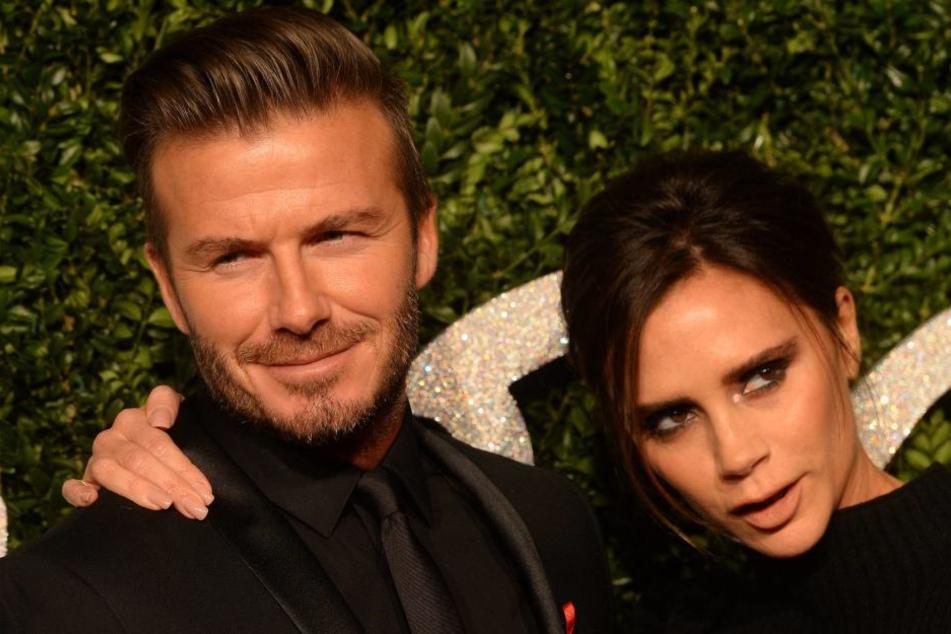"""Ab heute darf sich auch Victoria als """"Offizier des Ordens des Britischen Empires"""" nennen. David Beckham bekam den Orden schon 2003."""