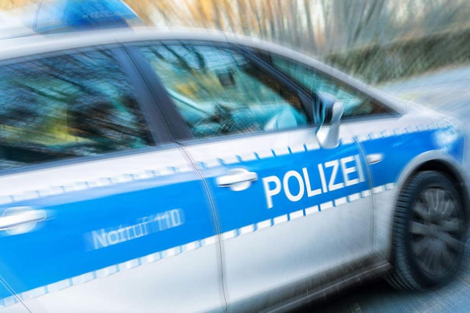 Die Kölner Polizei verfolgte drei mutmaßliche Diebe über insgesamt 40 Kilometern (Symbolbild).