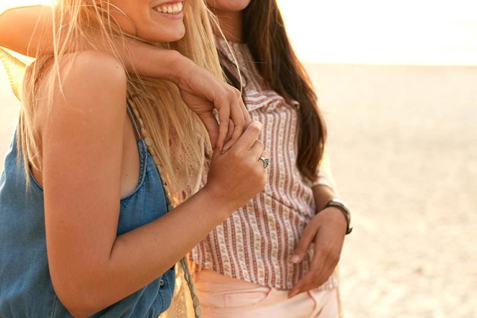 Die beste Freundin ist jemand zum Freude und Sorgen teilen. Dass man von dieser Person betrogen wird, tut dann umso mehr weh.