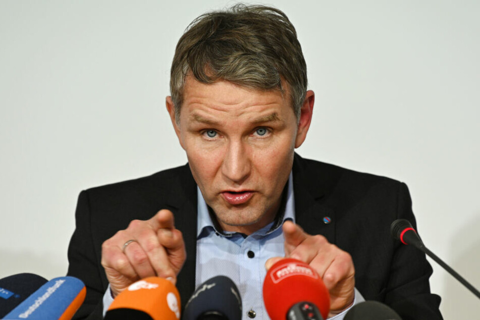 Die AfD tritt mit ihrem Fraktionsvorsitzenden Björn Höcke an.