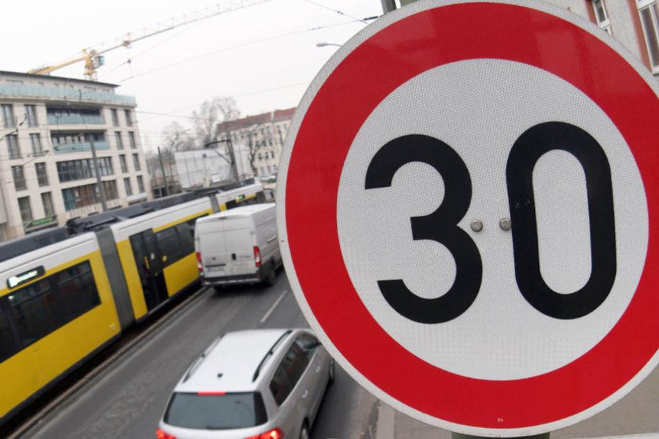 Auf einigen Berliner Straßen wurde bereits eine solche Zone eingeführt.