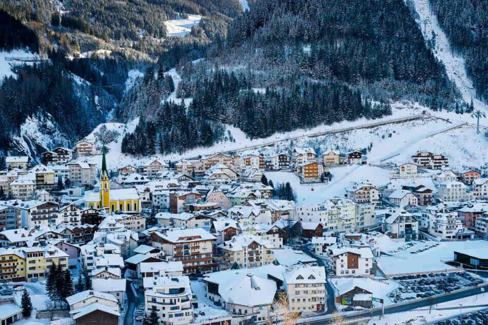 Durch die Après-Ski-Lokalen in Ischgl hat sich das Coronavirus offenbar besonders schnell verbreitet. (Symbolbild)