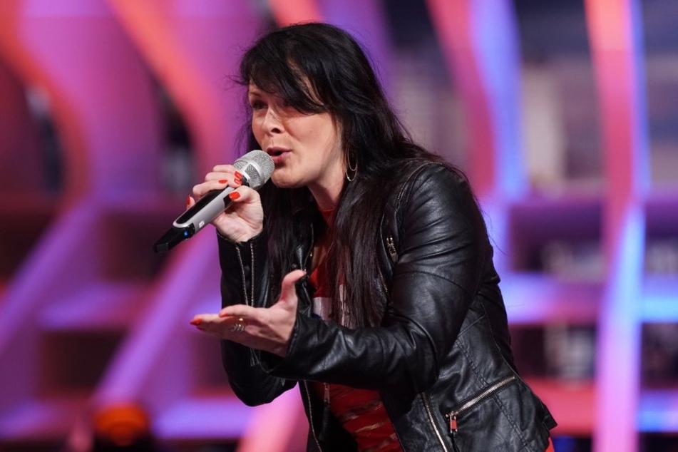 Jasmin Weber will mit Schlager-Songs die Jury erobern.