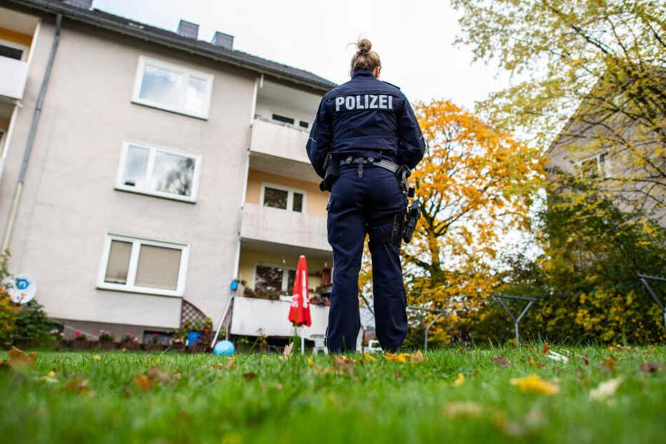 Halbbruder ermordet: Verbrachte Mädchen (15) die Tat-Nacht im Freien?