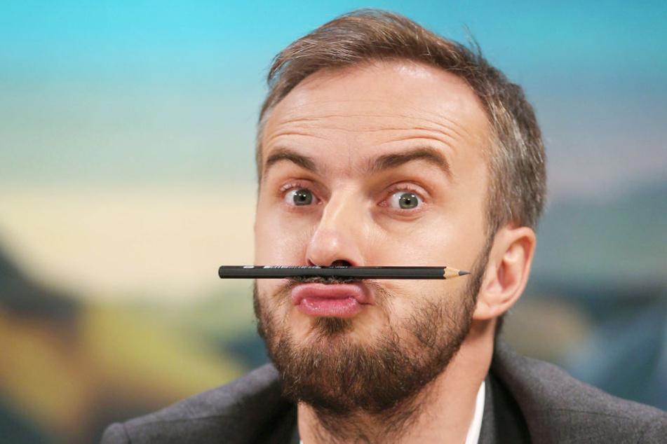 TV-Moderator Jan Böhmermann ist sich für nichts zu schade.