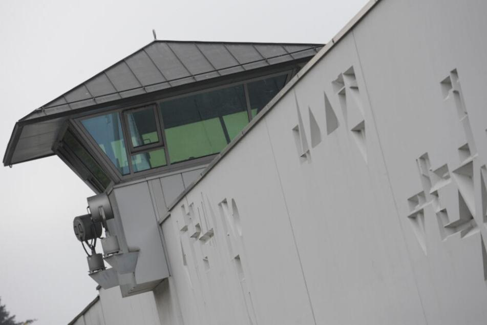 Die JVA München Stadelheim: Hier war der Mann 27 Tage in Haft.