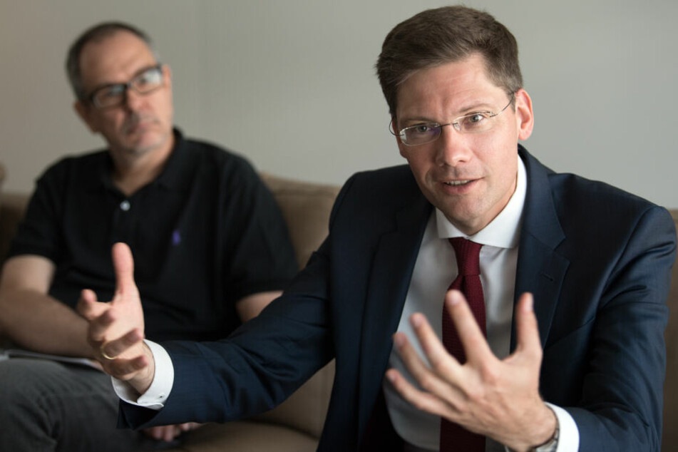 Amtsmissbrauch? Ministerpräsidentin geht auf Ost-Beauftragten Hirte los