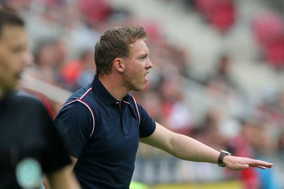 Hoffenheims Trainer Julian Nagelsmann war bei seinem letzten Spiel als TSG-Coach am Spielfeldrand wie immer mit Feuer und Flamme dabei.