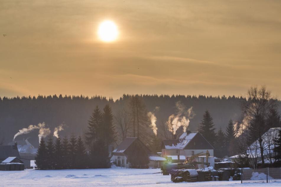 In Marienberg-Kühnhaide zeigte das Thermometer in der Nacht zu Montag minus 27 Grad.