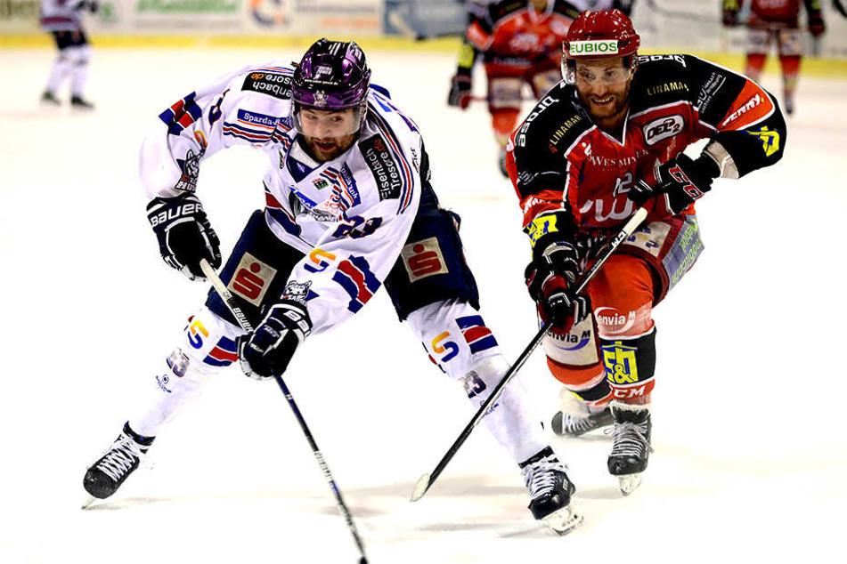 Mit einem 2:2 starteten die Eispiraten ins zweite Drittel gegen die Kassel Huskys.