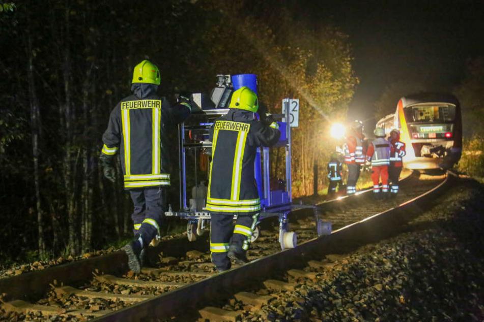 Katastrophenschutz vor Ort, Bahnstrecke gesperrt: Was war im Erzgebirge los?
