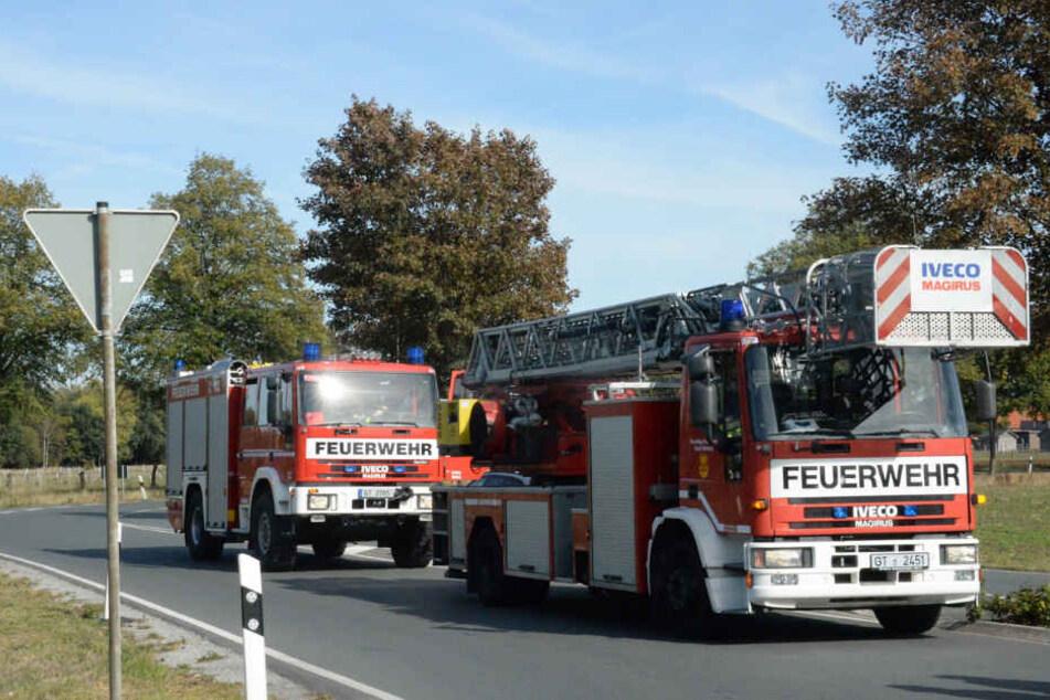 Auch die Feuerwehr rückte an der Unfallstelle an.