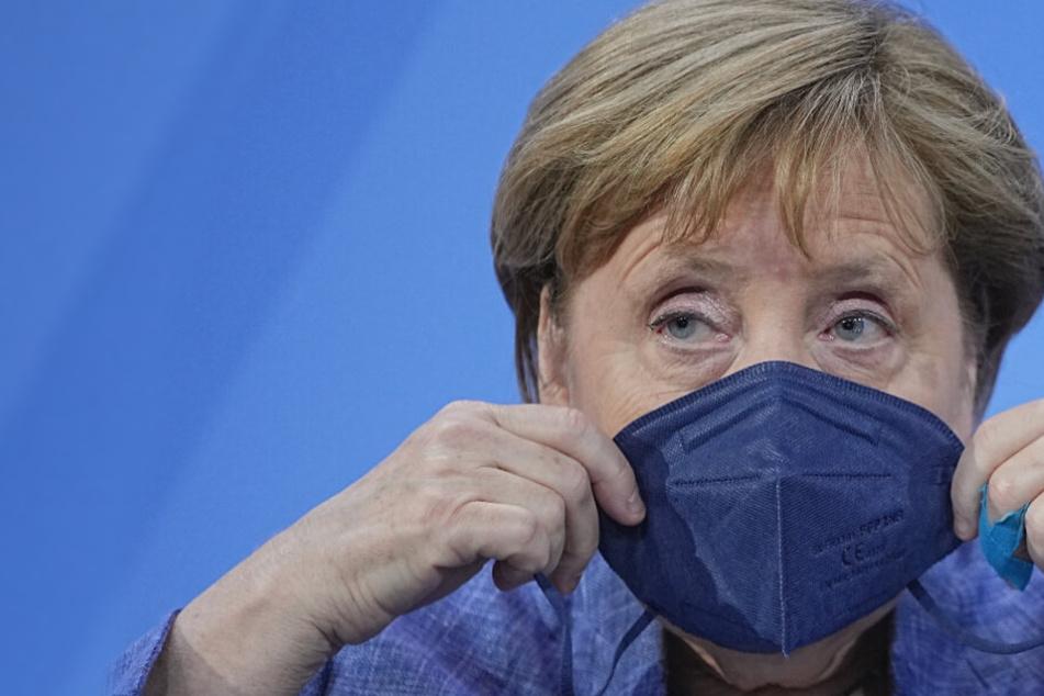 Corona-Ausbruch beim G7-Gipfel: Muss Merkel schon wieder abreisen?