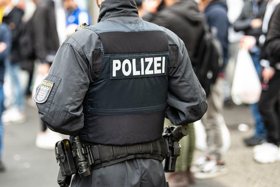 Am Dienstag nahm die Polizei den 46-jährigen, mutmaßlichen Soforthilfen-Betrüger fest (Symbolfoto).