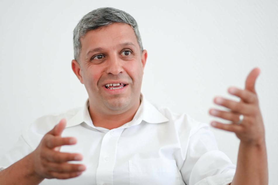 Berlins SPD-Fraktions- und Parteichef Raed Saleh (44) hat sich gegen eine Impfpflicht für Berliner Lehrkräfte ausgesprochen.