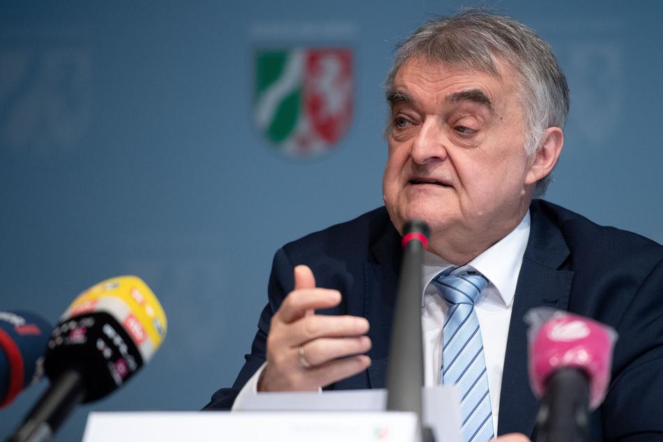 NRW-Minister Reul will härtere Strafen für Kinderschänder