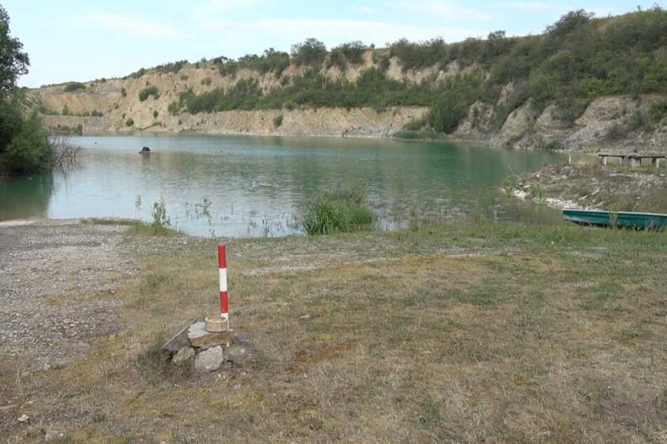 In diesem Steinbruch waren die Jungs schwimmen. Dieses Unterfangen endete für einen von ihnen tödlich.