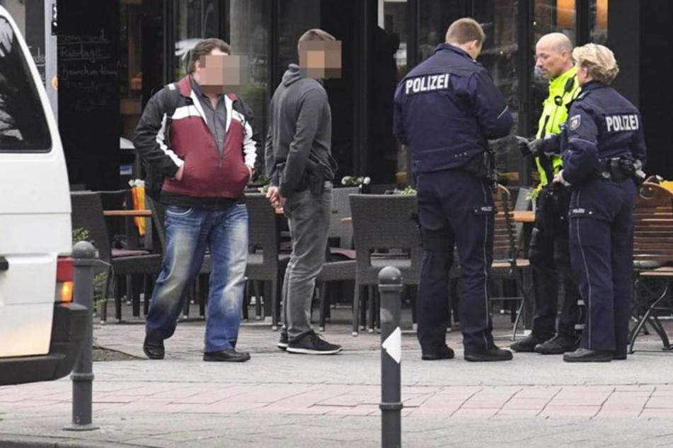 Ein 18-jähriger Tatverdächtiger wurde von der Polizei Paderborn verhaftet.